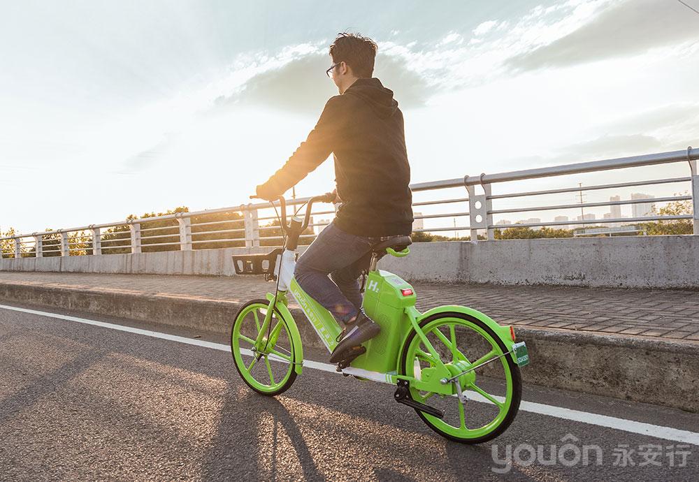 """用科技赋能""""新出行"""" 永安行2.0氢燃料助力车在路上"""